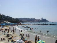 073-lerici_beach