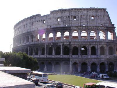 113-Rome_Colosseum_Exterior