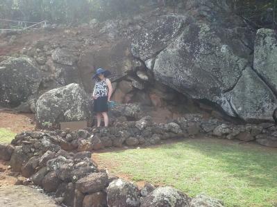 20130223_144216_Wailua_River_Birthing_Stones