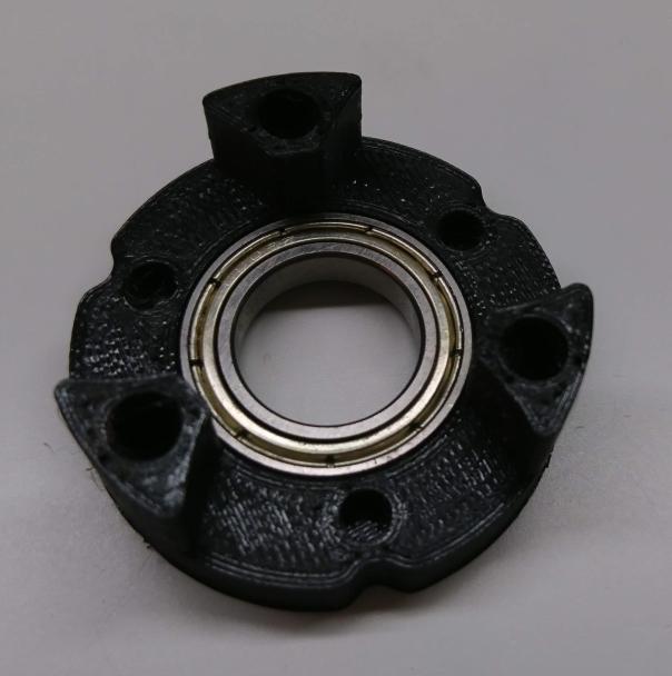 Input bearing in planet input